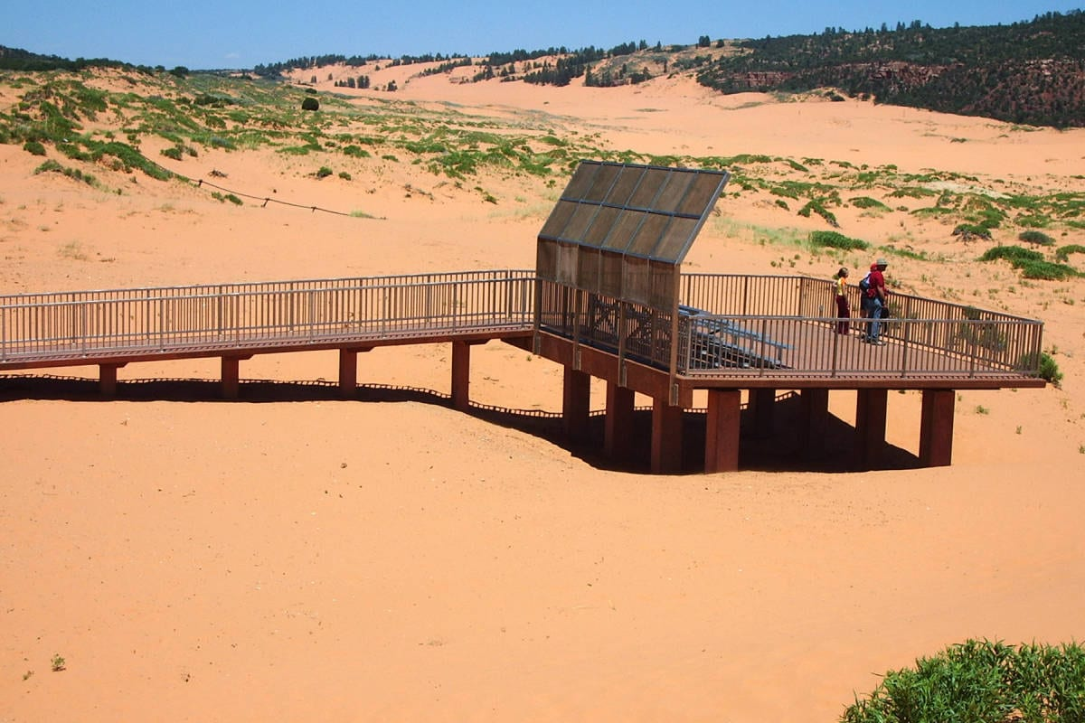 Hiking Southern Utah Coral Pink Sand Dunes State Park