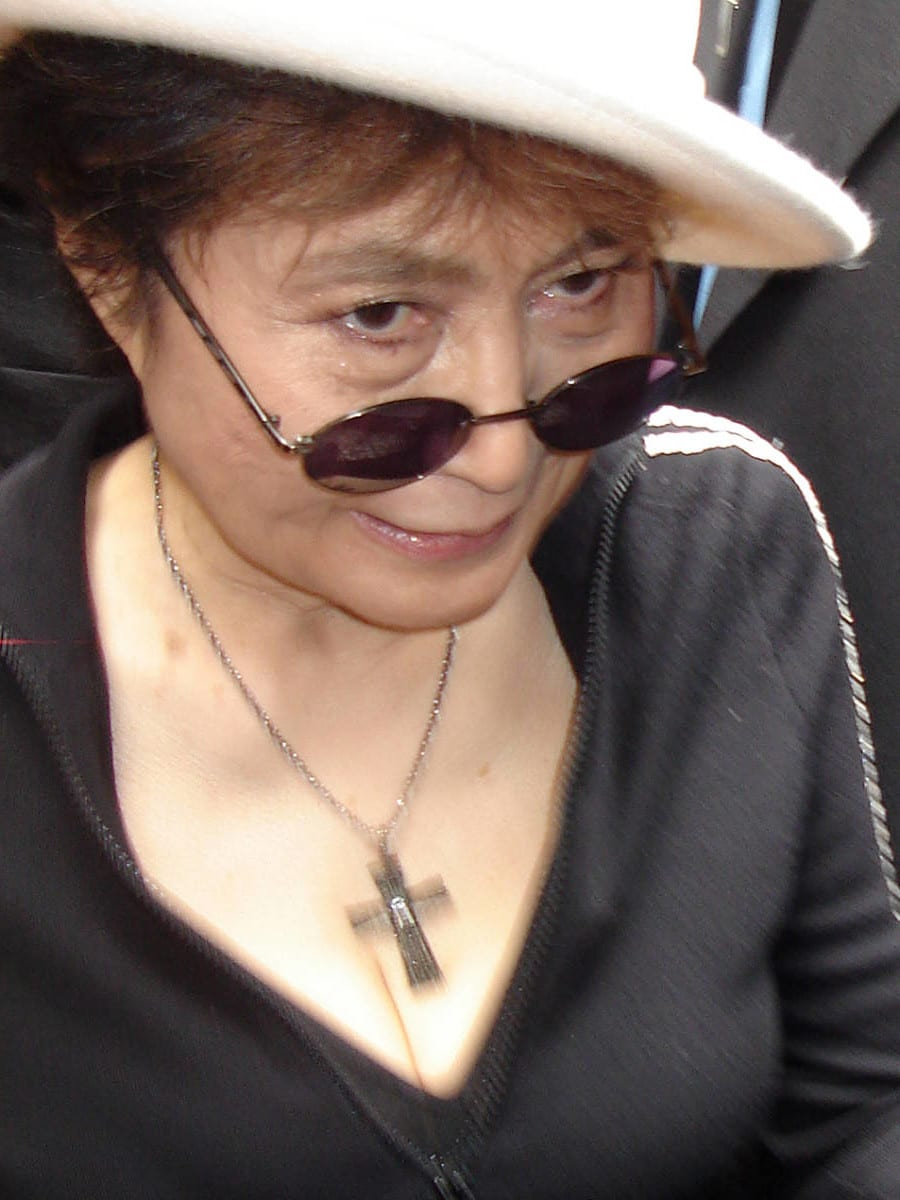 Album Review Yoko Ono S Quot Yes I M A Witch Too Quot The