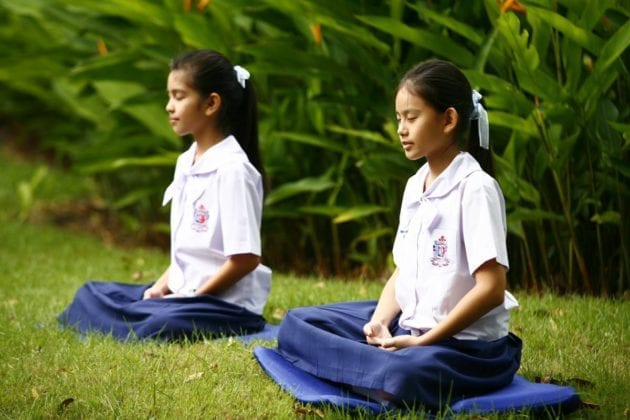 teaching children meditation