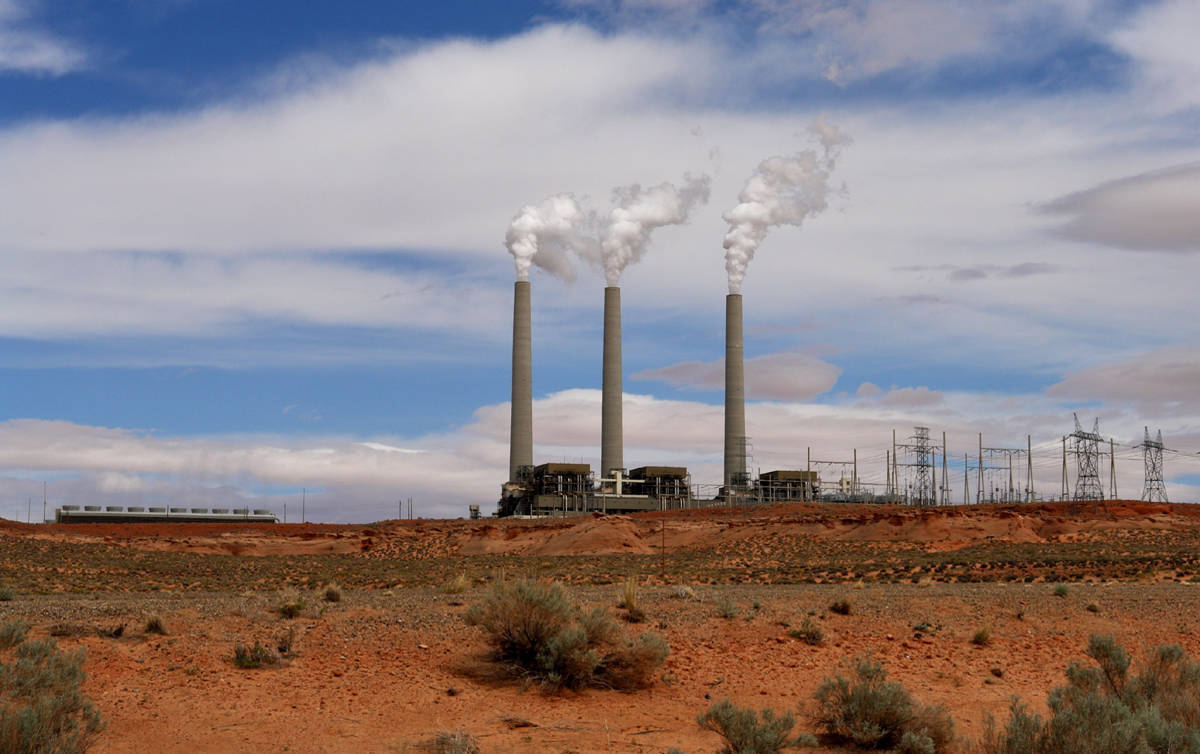 Navajo Generating Station set to close in 2019