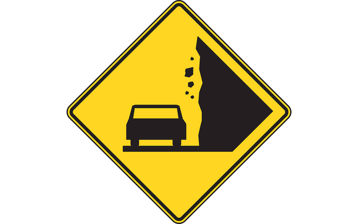 Falling rocks shut down Zion-Mount Carmel Highway
