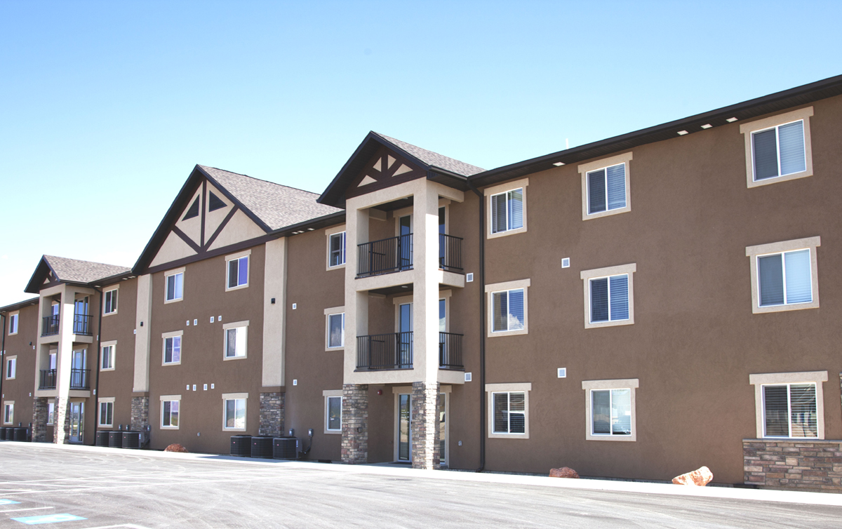 Bryce Canyon City builds apartment building for seasonal workforce