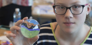 Utah students make ornaments for National Christmas Tree